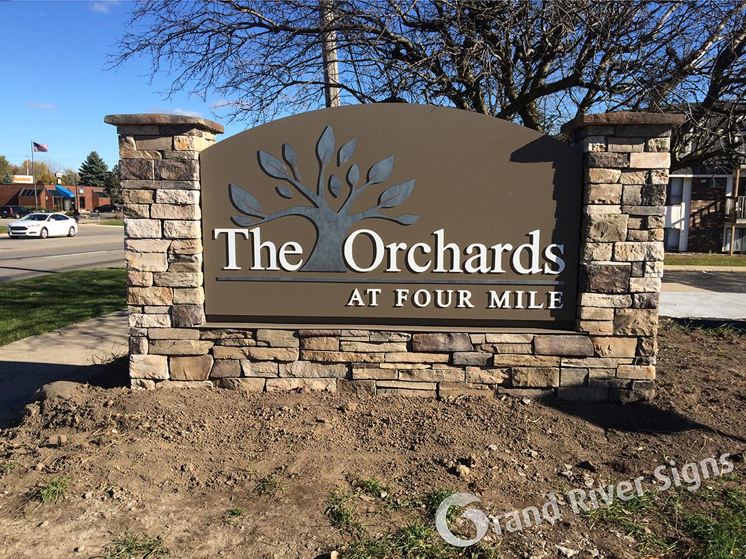 Custom Stone Monument Sign – The Orchards Apartments – Grand Rapids MI
