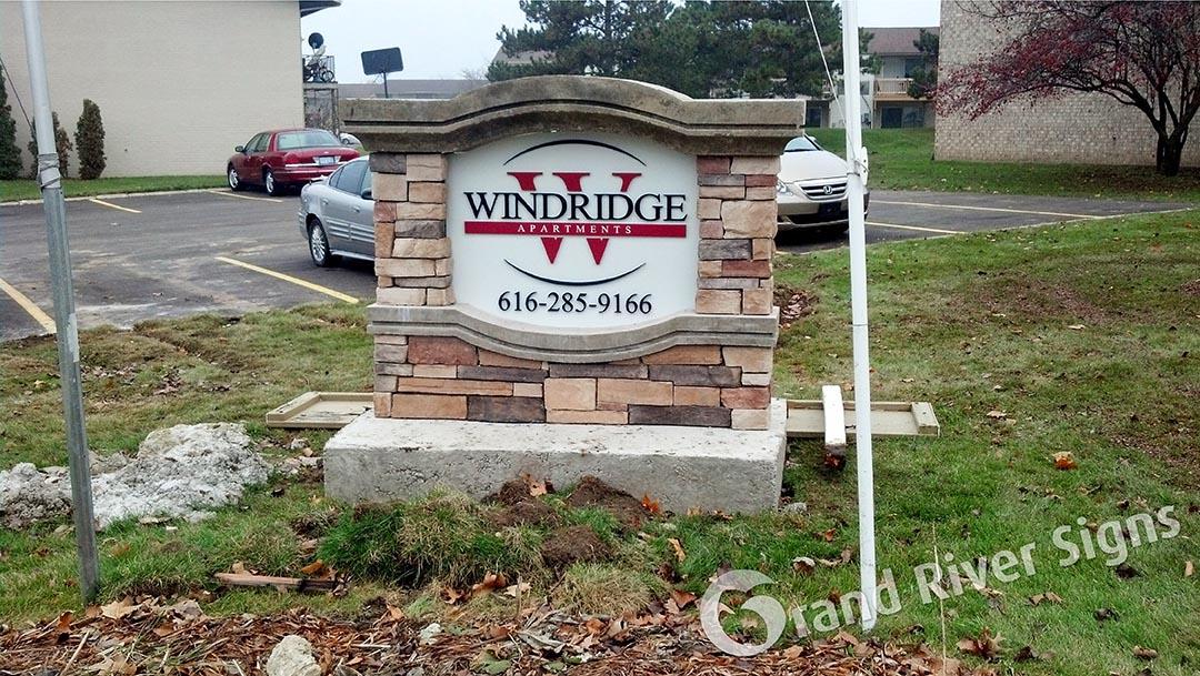 Custom Stone Monument Sign – Windridge Apartments – Grand Rapids MI