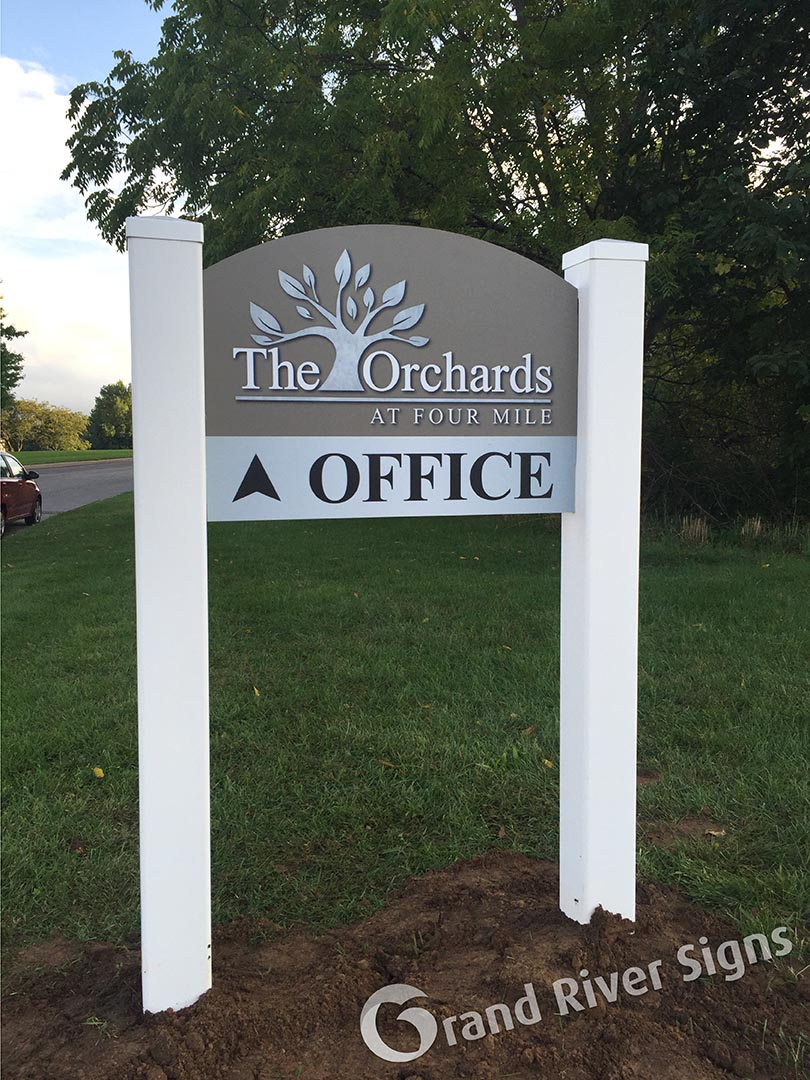 Main Office Directional Sign – The Orchards Apartments – Grand Rapids MI
